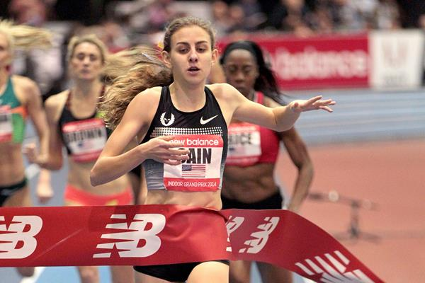Mary Cain setting the world indoor junior record over 1000m at the 2014 New Balance Indoor Games in Boston  (Andrew McClanahan / Photorun)