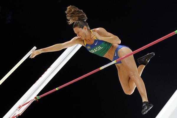 Brazilian pole vaulter Fabiana Murer (Getty Images)