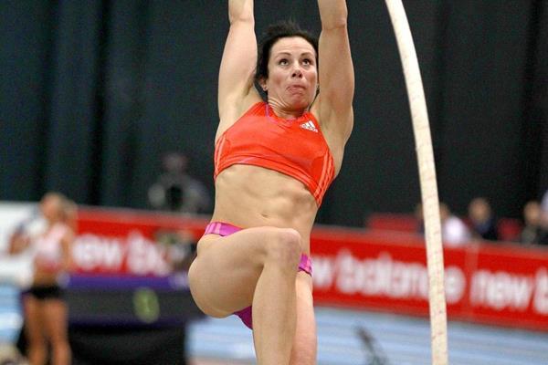 USA's Jenn Suhr at the 2013 New Balance Indoor Grand Prix in Boston (Victah Sailer)