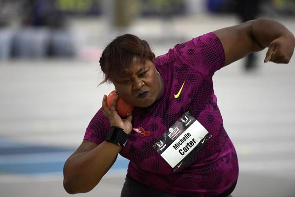 Michelle Carter at the 2015 US Indoor Championships (Kirby Lee)