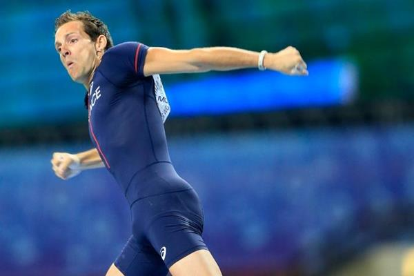 Renaud Lavillenie in the mens Pole Vault Final at the IAAF World Athletics Championships Moscow 2013 (Getty Images)