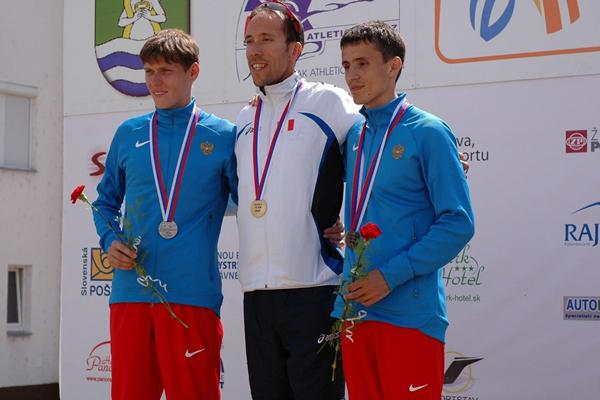 (L-R) Mikhail Ryzhov, Yohann Diniz and Ivan Noskov on the men&#39;s 50km podium at the 2013 European Cup Race Walking  (organisers)