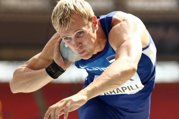 Mikk Pahapill in the decathlon shot put at the 2013 IAAF World Championships in Moscow (Getty Images)