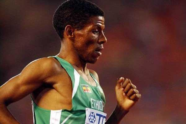 Haile Gebrselassie (ETH) running in Edmonton World Championships (Getty Images)