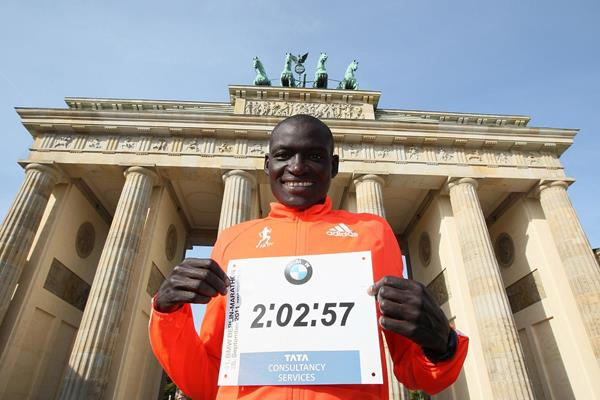 Dennis Kimetto in Berlin the day after his marathon world record (organisers / www.photorun.net)