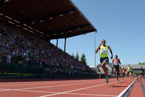 Ayanleh Souleiman wins the mile at the IAAF Diamond League meeting in Eugene (Kirby Lee)