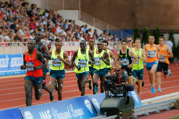 Ronald Kwemoi en route to setting a 1500m world junior record at the 2014 IAAF Diamond League meeting in Monaco (Philippe Fitte)