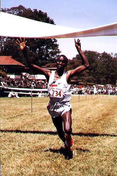 Eliud Kipchoge wins the long race at the 2005 Nairbobi XC (Okoth)