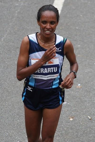 Derartu Tulu after her marathon victory in New York (Getty Images)