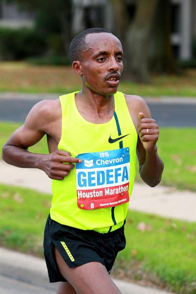 Birhanu Gidefa on his way to victory at the Houston Marathon (Victah Sailer / organisers)