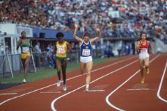 Marita Koch wins the 1983 world 200m title (Getty Images)