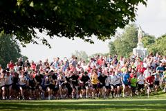 A typical weekly parkrun event in Bushy Park, London (parkrun / David Rowe)