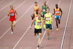 Andre Olivier wins the 800m in Beijing (Getty Images)