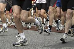 Marathon runners (Getty Images)