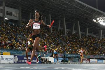 Kimberlyn Duncan of the United States crosses the finish line to win the Women's 4x200 metres relay final during day two of the IAAF World Relays  (Getty Images)