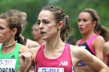Jenny Simpson en route victory in the Fifth Avenue Mile (Photorun.net)