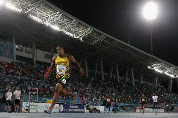 Yohan Blake anchors Jamaica to a world 4x200m record at the 2014 IAAF World Relays (Getty Images)