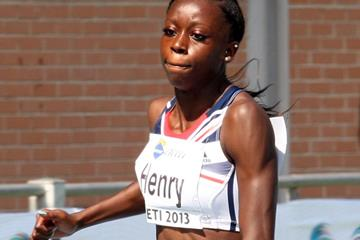 Desiree Henry anchors the British 4x100m team (Getty Images)