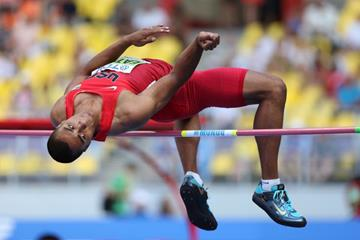 Ashton Eaton in the men's Decathlon High Jump at the IAAF World Athletics Championships Moscow 2013 (Getty Images)