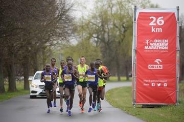 Leaders in the men's race at 26km in 2015 Warsaw Marathon (organisers)
