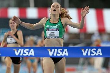 Lauren Fleshman winning the 5000m at the 2010 USATF Nationals (Getty Images)