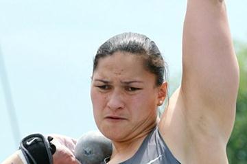 Valerie Adams ready to unleash her 20.60m winning heave in New York (Victah Sailer)