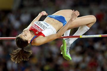 Anna Chicherova of Russia competes in the women's high jump final in Daegu (Getty Images)