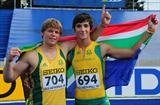  Gold medalist Reinhard VAN ZYL (l) and Silver medalist Morne MOOLMAN (RSA) pose with the flag after the Boys Javelin final - Day Five - WYC Lille 2011 (Getty Images)