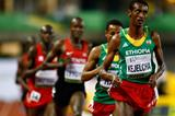 Yomif Kejelcha leads the 5000m at the IAAF World Junior Championships, Oregon 2014 (Getty Images)