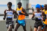 Wilson Kipsang leads the men's race in the early stages of the 2014 TCS New York City Marathon (Getty Images)