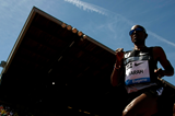 Mo Farah leads the 10,000m at the IAAF Diamond League meeting in Eugene (Getty Images)