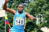 Leevan Sands competing in Cali at the CAC champs (Fernando Neris)