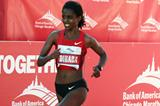 Running in her debut over the distance, Ejegayehu Dibaba finishes second in Chicago (Getty Images)