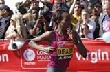 Tirunesh Dibaba in the 2014 London Marathon (Getty Images)